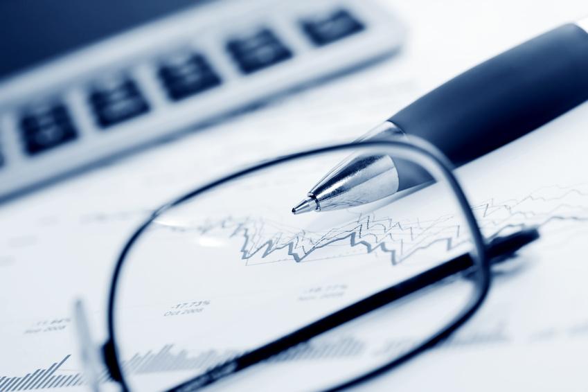 Stock exchange graphs analysis.